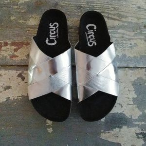Sam Edelman Circus Allison silver slide sandals 8